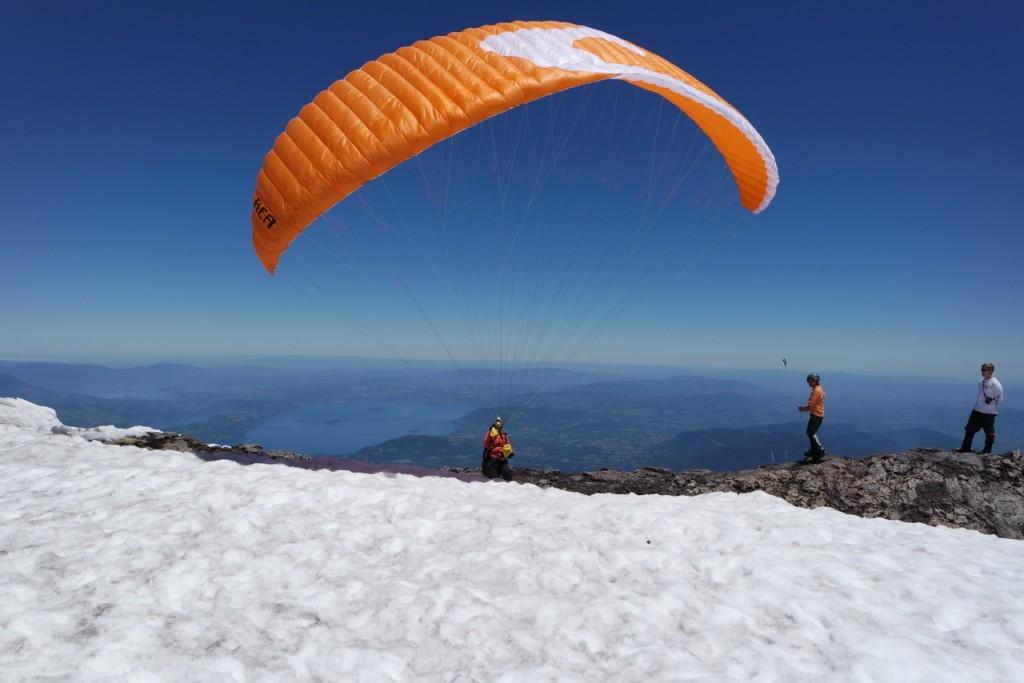 Paragliding Start auf dem Vulkan