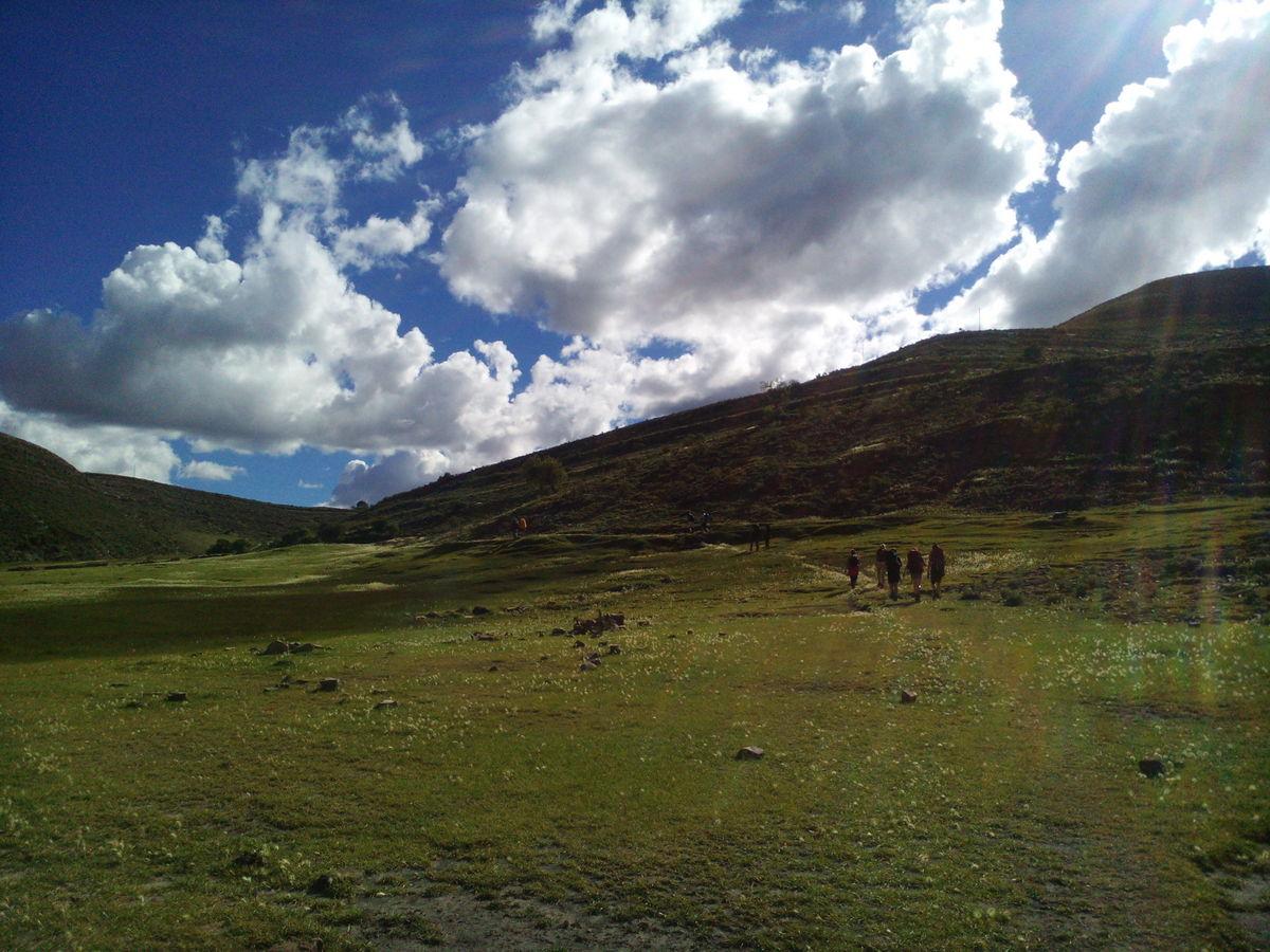 Sucre – Weisse Stadt neben grossem Krater